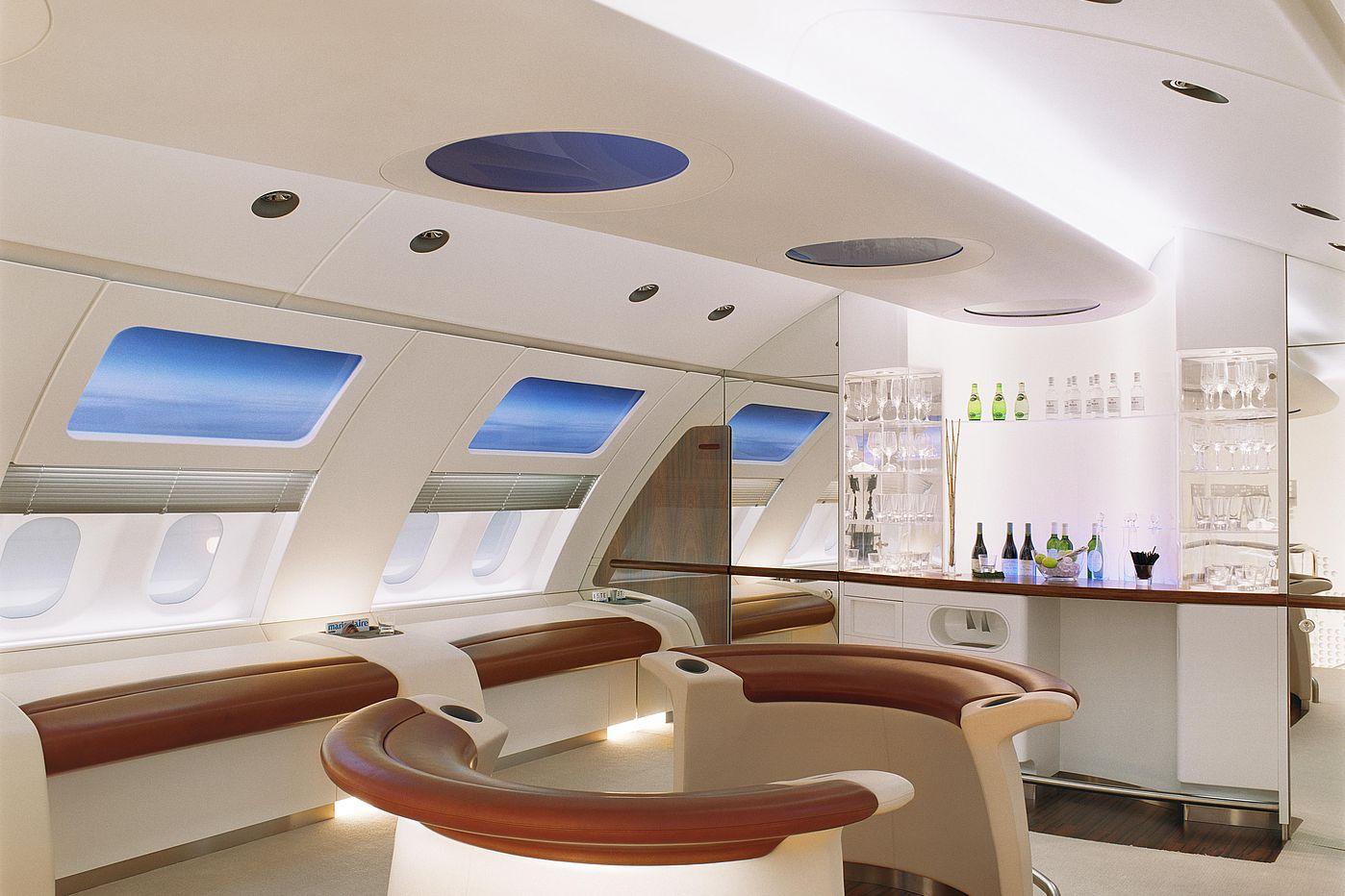 White light, here in an A380 mockup - © Diehl